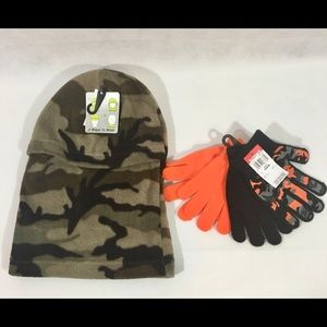 Camo Face Mask Size 8 - 16 and 2 Pairs Of Gloves